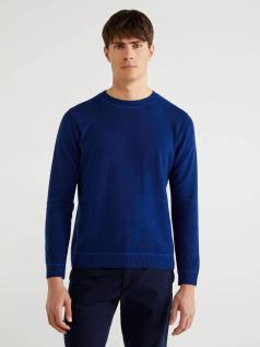 Μπλούζα με λαιμόκοψη