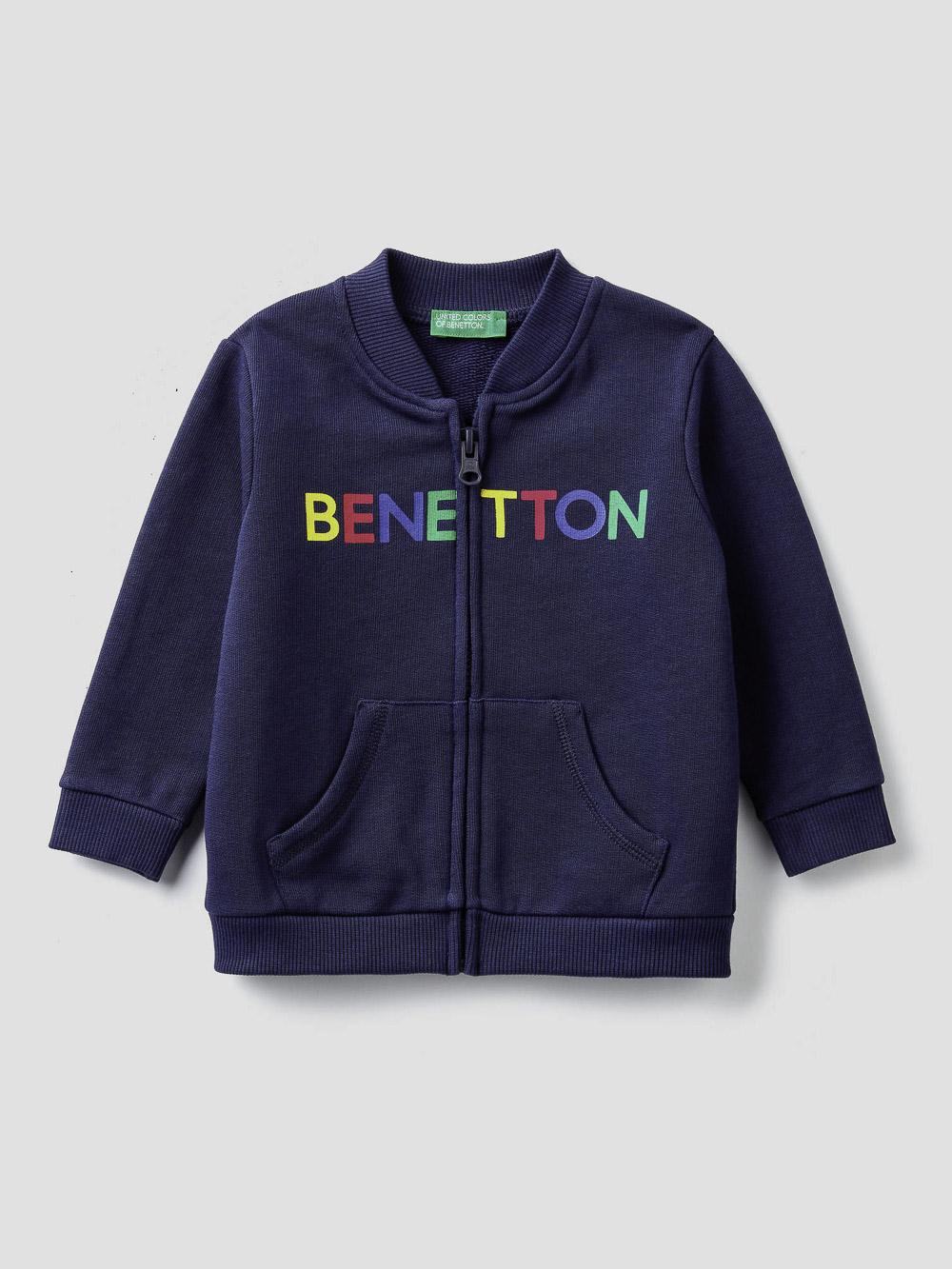 012 BENETTON Ζακέτα φούτερ με φερμουάρ και λογότυπο 3J70C5836 20A252