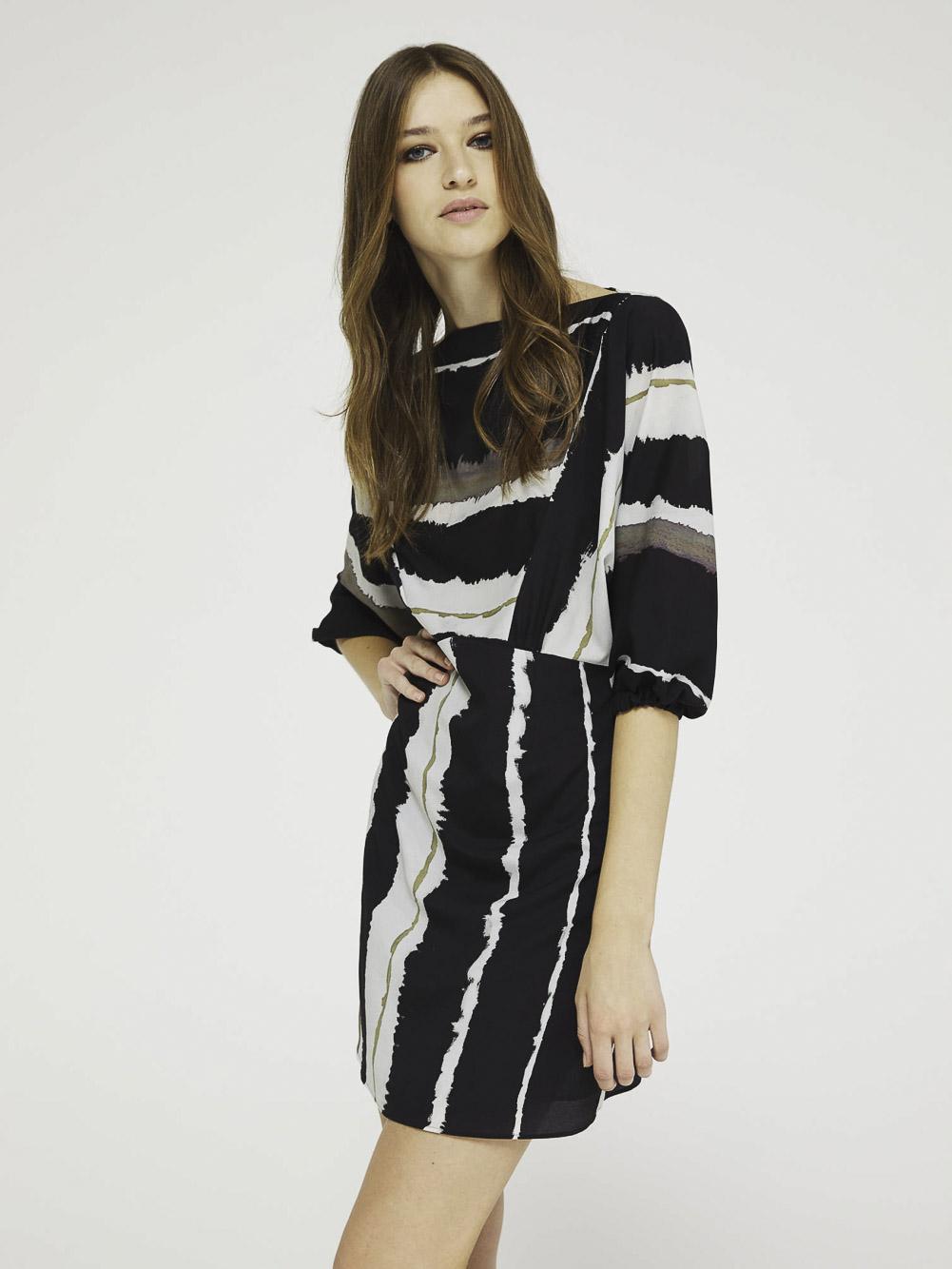 SISLEY Φόρεμα κιμονό 4CAX5VGM7 20A74M