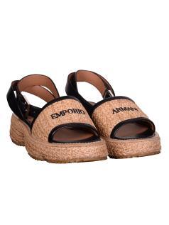Παπούτσια σανδάλια