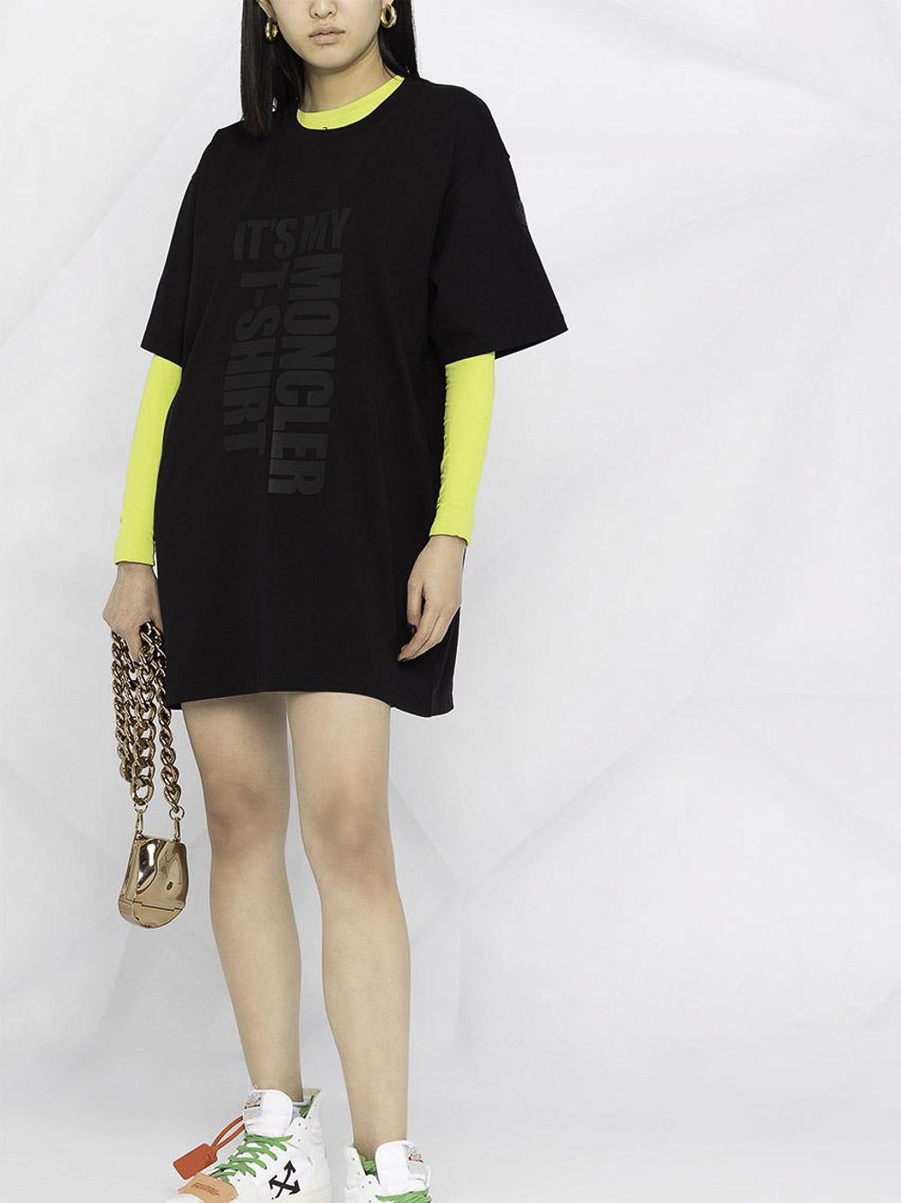 MONCLER Μπλούζα T-shirt 0938C7A210829HP-999 ΜΑΥΡΟ