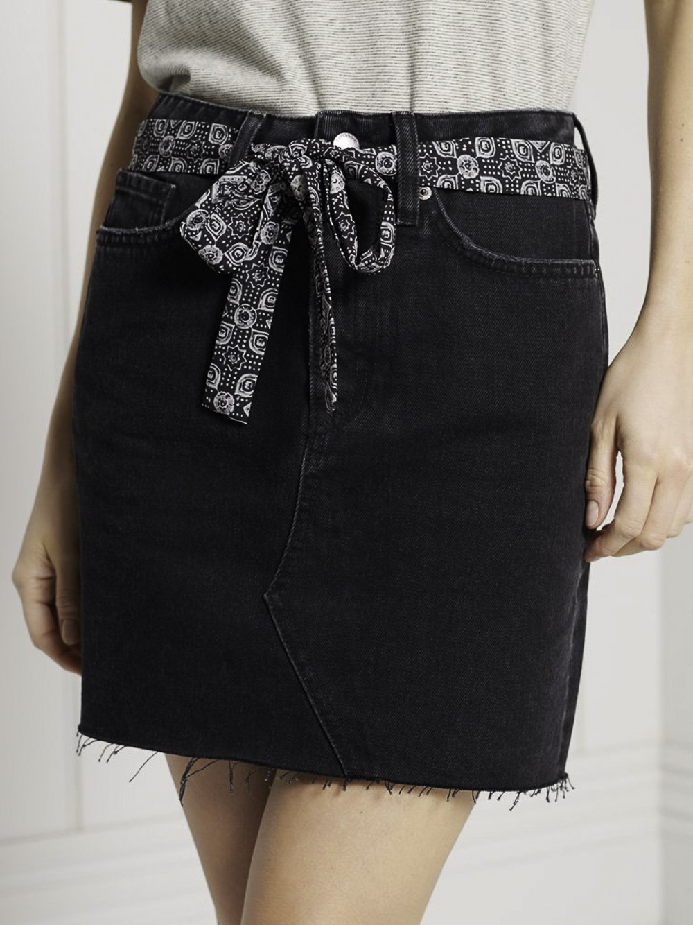 SUPERDRY Φούστα mini W7210135A-5IS ΜΑΥΡΟ